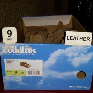 Cobbie Cuddlers Soft Leather Wide Shoe